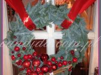 wianek na drzwi, dekoracja świąteczna restauracji, dekoracje bożonarodzeniowe, dekoracje świąteczne