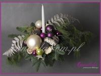 stroik świąteczny ze świecą, dekoracje bożonarodzeniowe, dekoracje świąteczne