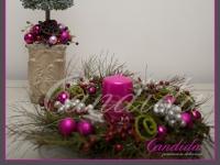 zestaw świąteczny, choinka, wianek świąteczny ze świecą,  sdekoracje bożonarodzeniowe, dekoracje świąteczne