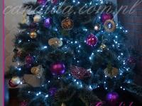 dekoracja choinki w restauracji, dekoracje bożonarodzeniowe, dekoracje świąteczne