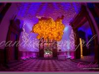 """drzewo z balonów tzw. """"floating tree"""" wysokość instalacji ok 6 m, dekoracje eventowe, kwiaty dla firm"""