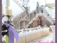dekoracja wielkanocna bufetu, kandelabry z dekoracjami wielkanocnymi, dekoracje eventowe, dekoracje wielkanocne dla PGNIG