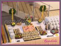 dekoracja wielkanocna bufetu, wianki wielkanocne, dekoracje eventowe, dekoracje wielkanocne dla PGNIG