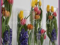 kompozycje kwiatowe w szklanych tubach, dekoracje wielkanocne, dekoracje eventowe, dekoracje wielkanocne dla PGNIG