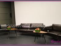 kwiatowa dekoracja sceny, dekoracje eventowe, kwiaty na konferencję prasową BZ WBK z udziałem Kevin Spacey